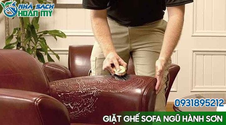 Vệ sinh ghế sofa da tại Ngũ Hành Sơn